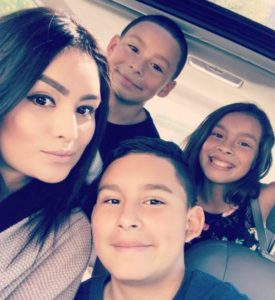 Mayra with her kids